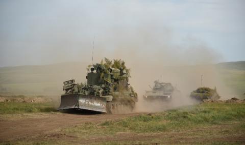 """Руски """"Тайфун"""" спаси турска бронирана машина (ВИДЕО)"""