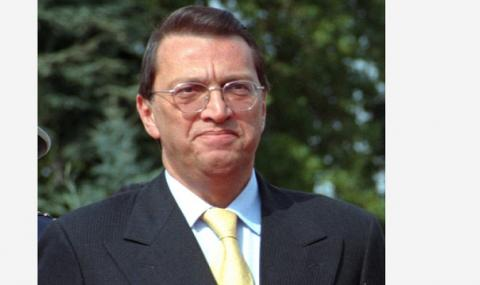 Почина бившият турски премиер Месут Йълмаз