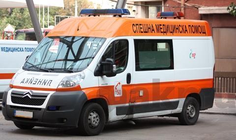 Автобус блъсна пешеходец на спирка във Варна