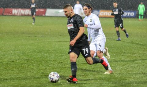 Немски тим следи изявите на талант на Левски