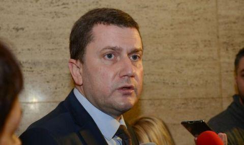 Кметът на Перник иска пряка отговорност от Нинова и оставки