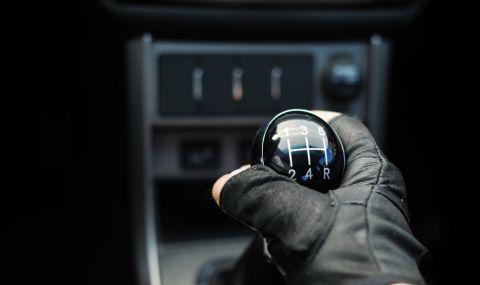 Системите за безопасност ще заличат механичната скоростна кутия?