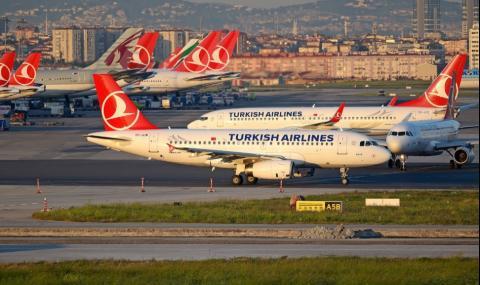 Още една голяма авиокомпания спря всички граждански полети