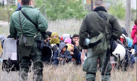 Как гръцките власти се разправят с бежанци по р. Марица