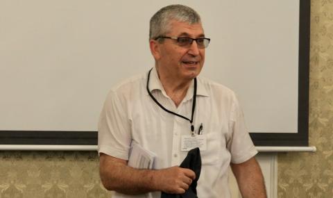 Илиян Василев за спирането на БНР: Само с уволнение няма да мине, трябва и съд