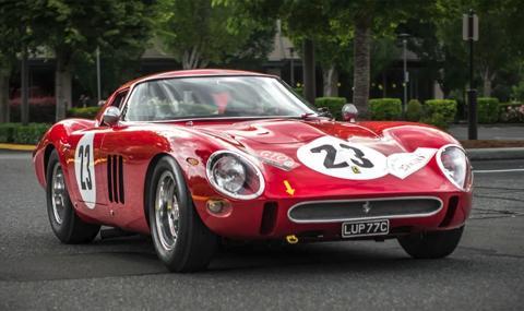 60-годишната еволюция на Ferrari в 5 минути (ВИДЕО)