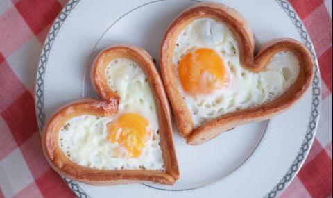 Рецепта на деня: Сърца от кренвирши с яйце и сирене