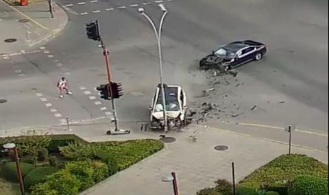 Тежка катастрофа на възлово кръстовище във Варна (ВИДЕО) - 1