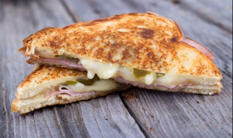 Рецепта на деня: Тост сандвич на тиган