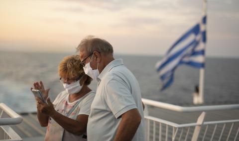 Драстично се влоши COVID-обстановката в Гърция