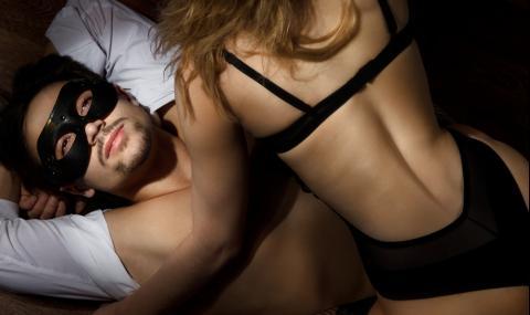 Романтичните жестове, за които мъжете не признават, че копнеят