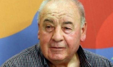 Почина журналистът Венелин Митев
