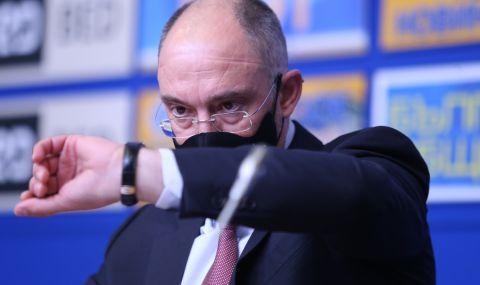 Петър Величков: Боби Михайлов ми каза да не се занимавам с търсене на спонсори, защото той ги бил намерил