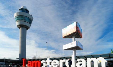 Амстердам не иска туристи, които идват само заради канабиса