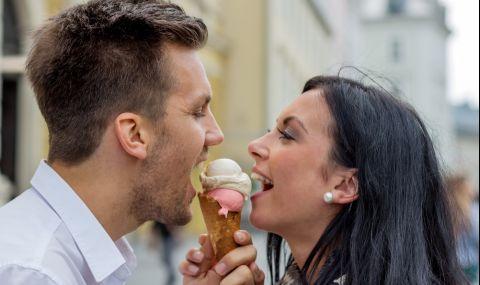 Вижте забавно ВИДЕО с неочакван край на влюбени, които ближат сладолед - 1