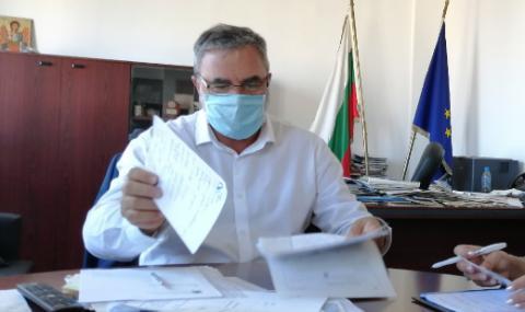 Доц. Кунчев: Училище ще се затваря при 10% заразени деца