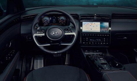 Hyundaiпатентова волан с екран в средата - 1