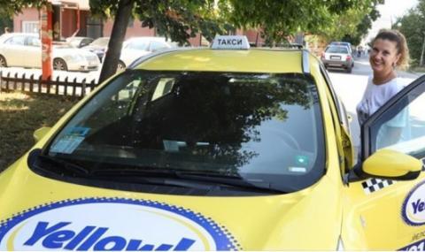 Бенатова с изповед във Фейсбук за таксито