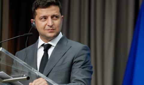 Зеленски намалява броя на депутатите в Украйна