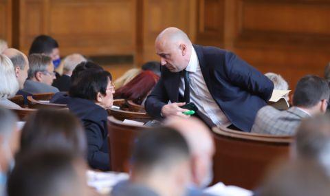 Парламентът продължава работа по актуализацията на бюджета на ДОО - 1