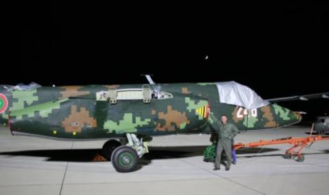 Първите два ремонтирани самолета Су-25 пристигнаха в
