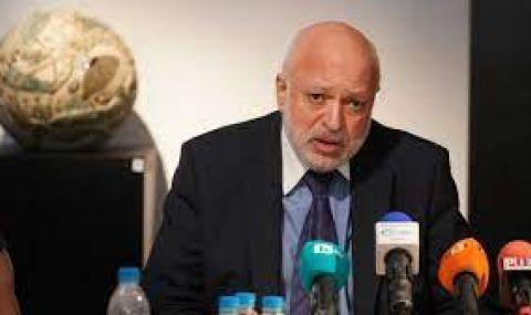 Минеков: Нужна е еднолична намеса на държавата, за да се реши проблемът с двете каси в Двореца в Балчик - 1