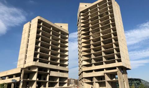 Събарят една от най-емблематичните сгради в София