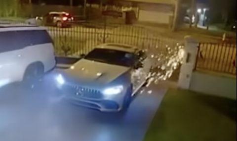 Крадци отрязаха метална врата и откраднаха два Mercedes-а (ВИДЕО)