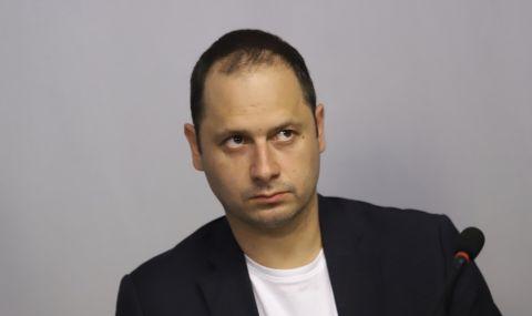 Витанов обвини ЕК, че си е затваряла очите за злоупотреби на премиери от ЕНП