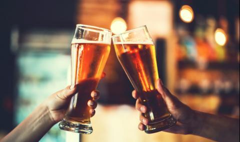 В колко часа е нормално да започнем да пием според американците