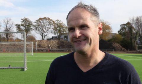 Новият треньор на Ботев Пловдив вече е в България