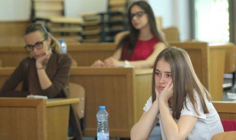 111 хиляди ученици се явяват на матура по български език и литература