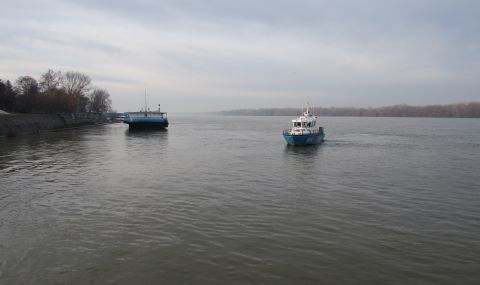 Спасиха от удавяне мигрант, опитал да преплува Дунав до Румъния