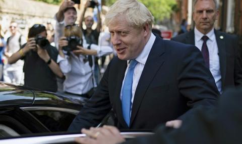 Медици: Премиерът получи същото отношение, каквото всеки пациент