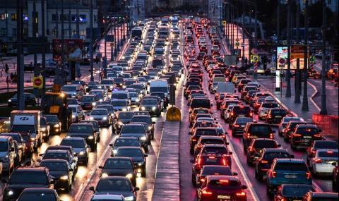 Защо есенното време е опасно за шофьорите и автомобилите?