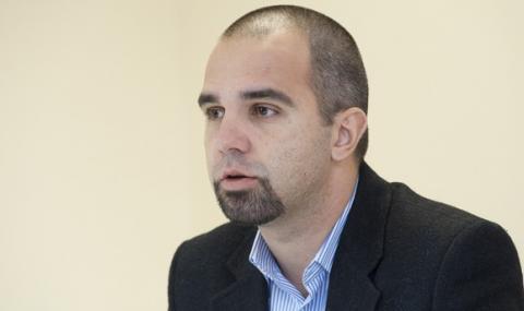Първан Симеонов: Вместо да спечели играта на нерви, Борисов разгаря протеста