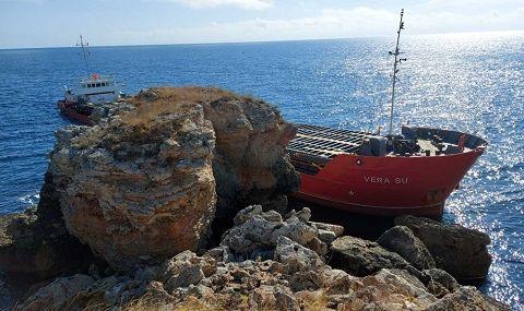 МОСВ: Има замърсяване на морската вода от заседналия кораб - 1