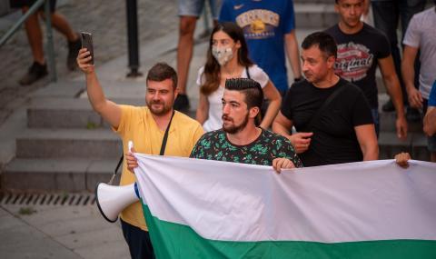 Лицата на протеста пред ФАКТИ: За премахнатата блокада в Пловдив от първо лице