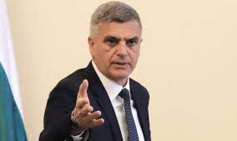 Стефан Янев представя новите областни управители