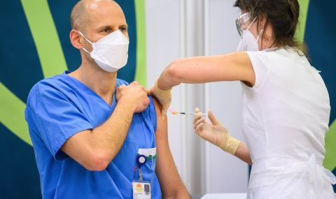 Австрия пренасочва над 650 000 ваксини към Западните Балкани