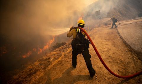 МВнР: Пожар гори в Калифорния, българите да внимават