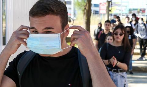 """""""Росатом"""" стерилизира 24 милиона маски"""