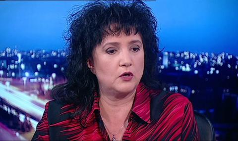 Весислава Танчева пред ФАКТИ: Прегръдката между Борисов и Пеевски не е от сега
