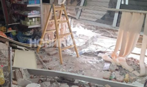 Пиян разби лек автомобил във витрина на магазин в Старозагорско