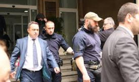 Повдигат обвинения след акцията за италианския боклук
