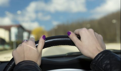 20-годишна шофьорка премаза 6-годишно дете