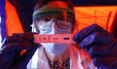 """Тайна група учени и милиардери готови с проект - """"атомна бомба"""" срещу COVID-19"""