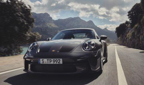 Porsche представи 911 GT3 Touring с интересни характеристики - 3
