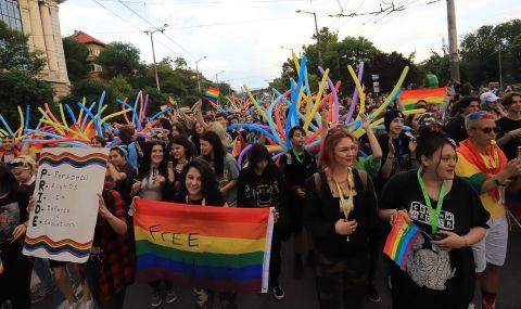 Без инциденти протича шествието на