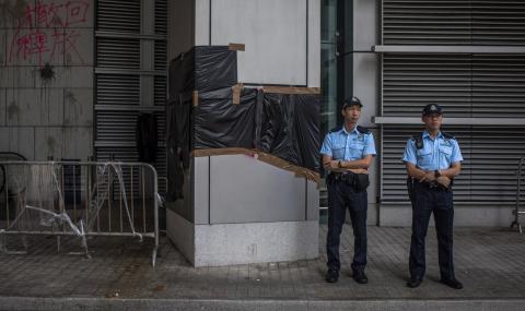 Китай: Шофьор се вряза в тълпа хора